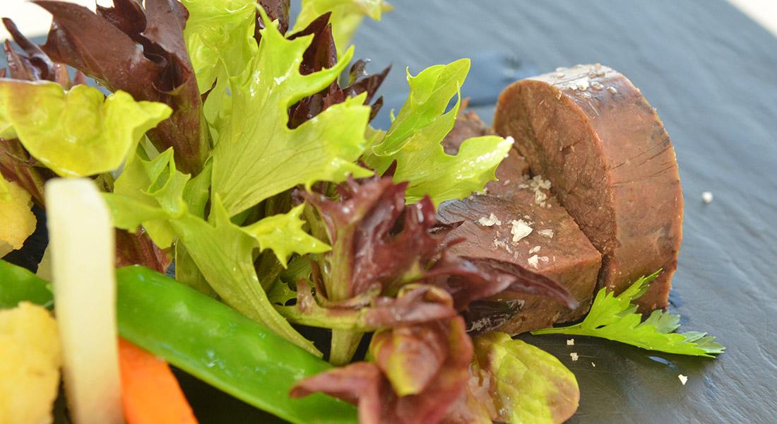 Marhapofaterrine apátsági ecetes zöldségekkel